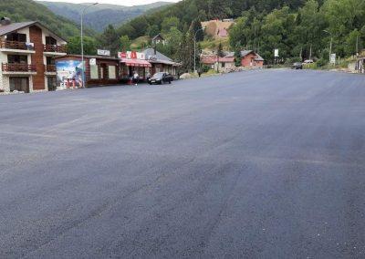 Рехабилитација на паркинг и улици во с. Маврово