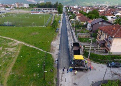 """Реасфалтирање на улица """"Живко Брајковски"""" во Гостивар"""