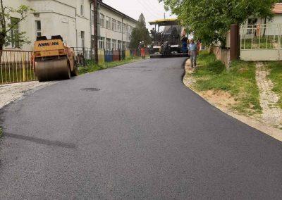 Реконструкција на локален пат во с. Вратница, Општина Јегуновце